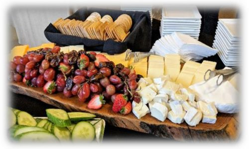 Cheese crackers and fruits catering plate